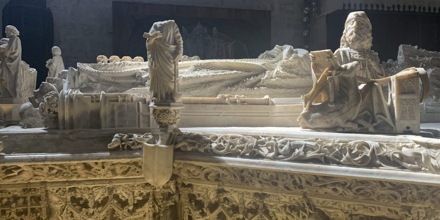 Alabaster tomb in La Cartuja of Juane II and Isabella of Portugal
